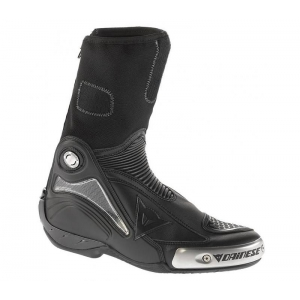 R AXIAL PRO IN BOOTS logo