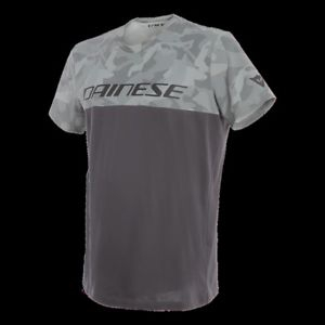 CAMO-TRACKS T-SHIRT logo